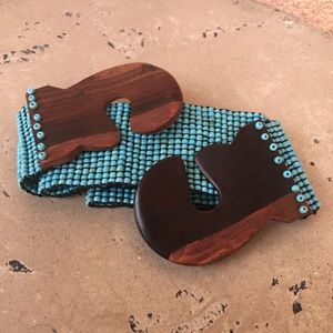 About Color Accessories - Turquoise Beaded Belt Wood Buckle Stretchable NWT